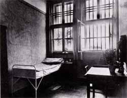 Тюремная камера в Ландсберге, где сидел Гитлер